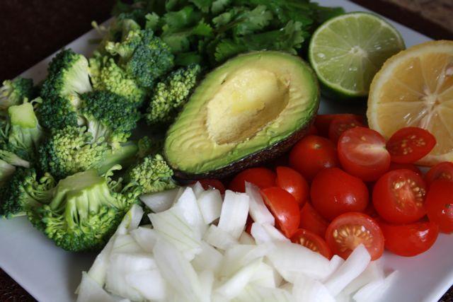 avocado - plate