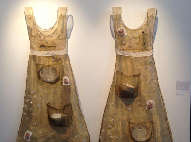 ids - 2 dresses