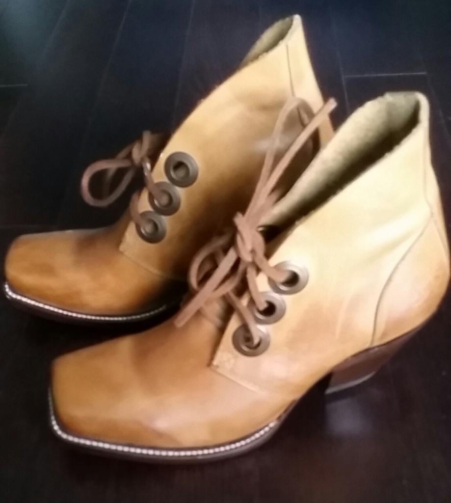 fluevog - boots
