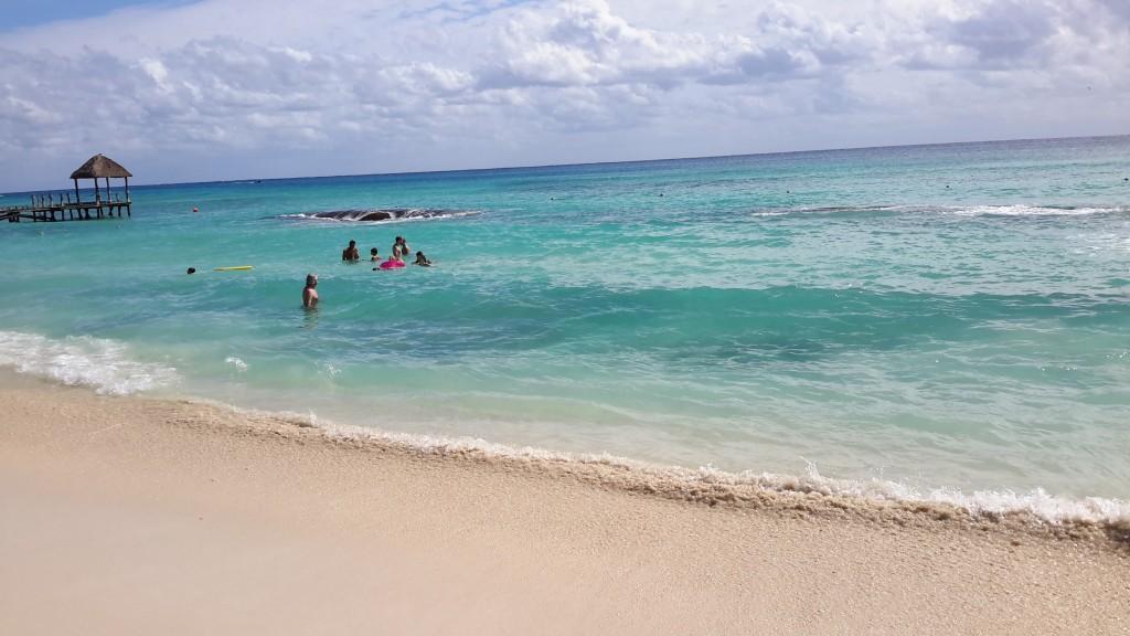 azul - beach