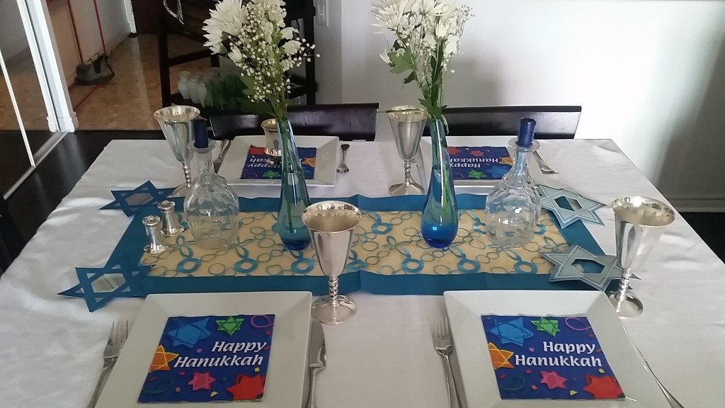 table setting - chanuka