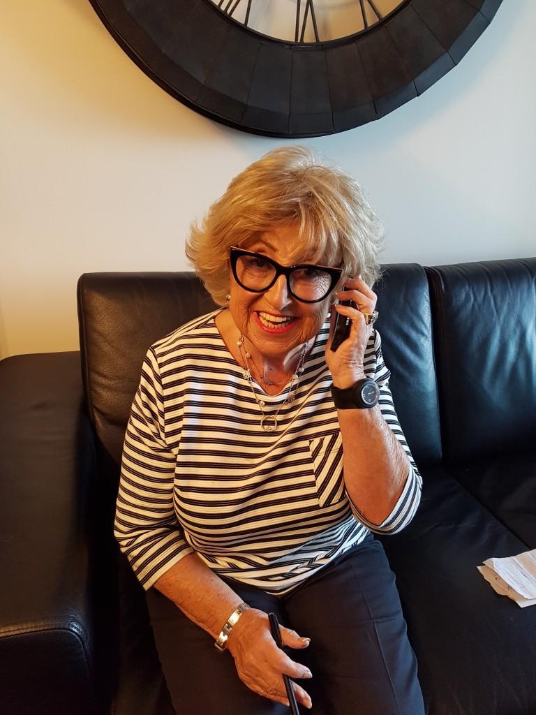 mom - phone